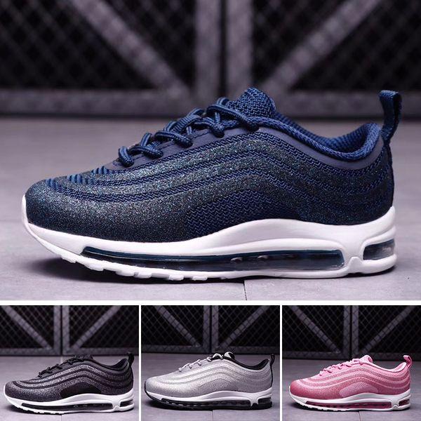 Großhandel Nike Air Max 97 Neue Kinder 97 LX Elternkind Freizeitschuhe Für Kinder Mode Swarovski Sneaker Schwarz Rosa Blau Laufschuhe Junge Mädchen