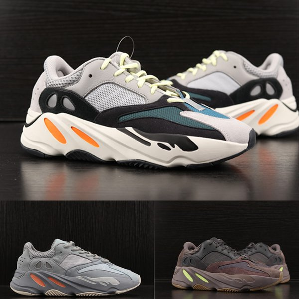Compre 2019 Nova Kanye West 700 V2 OG Estático Sapato De Grife Clássico  Tênis Com Onda Corredor 700 Sapatos Esportivos Moda Sneaker De  Sellshoestore 41463136903f6