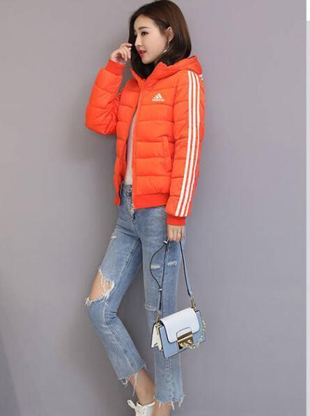 019 Yeni Kış Ceket Pamuk Ceket Kadın Pamuk yastıklı İnce Coat Kadınlar Parkas Kalın Kadın Dış Giyim Kırmızı Siyah Giyim