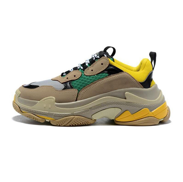 2019 best quality Fashion Triple s Sneakers for men women black red white green Casual Dad Shoes tennis increasing shoe on sale