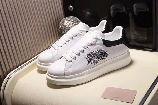 Herren Damen Freizeitschuhe Sommer Atmungsaktiver Sneaker Graviertes Leder Paris Weiße Schuhe Muffin Sports Sneakers Flaches Leder