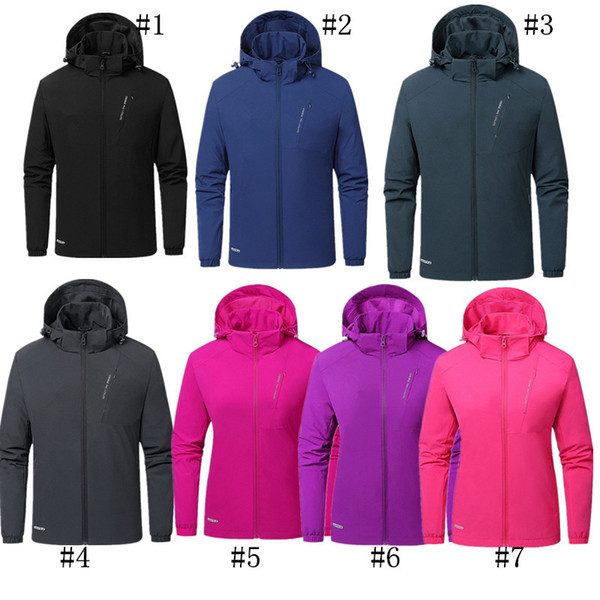 Brand Couples Spring Fall Jackets Unisex Waterproof Breathable Softshell Jacket Outwear Sports Coat Full Sleeve Windproof Travel JacketC8704