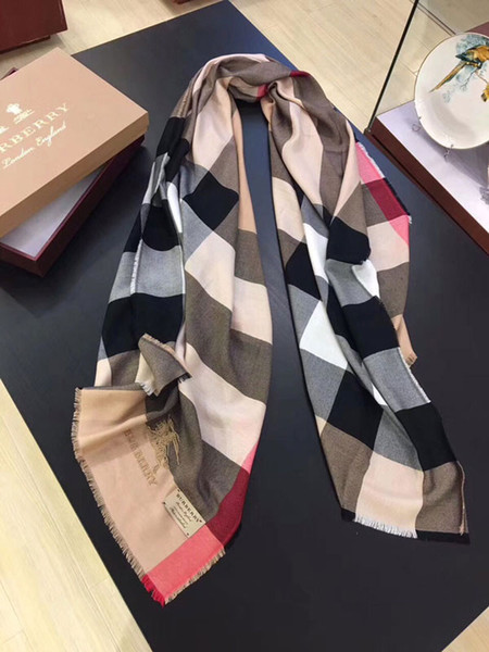 high Qualtiy Fashionable new ladies Classic plaid women's and men's long soft Silk cashmere scarf shawl scarves in spring Autumn Winter