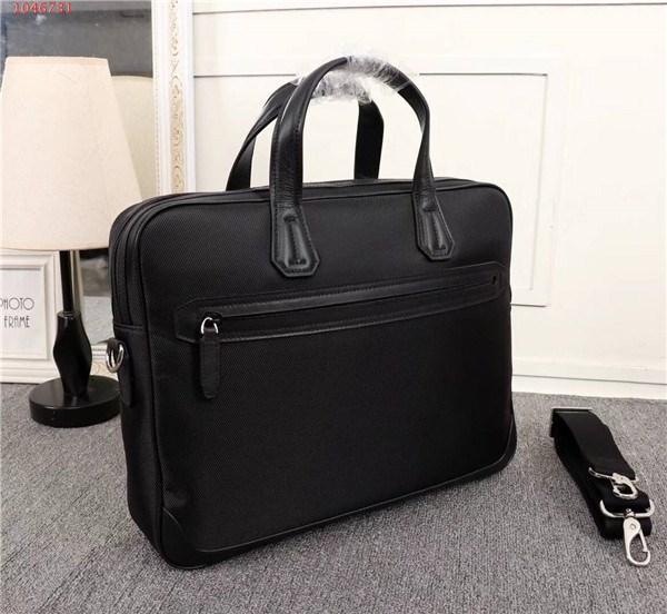 2019 o mais recente moda clássico sacos, preto grande capacidade maleta homem bolsa para homens usam, tamanho 38-8-30 cm