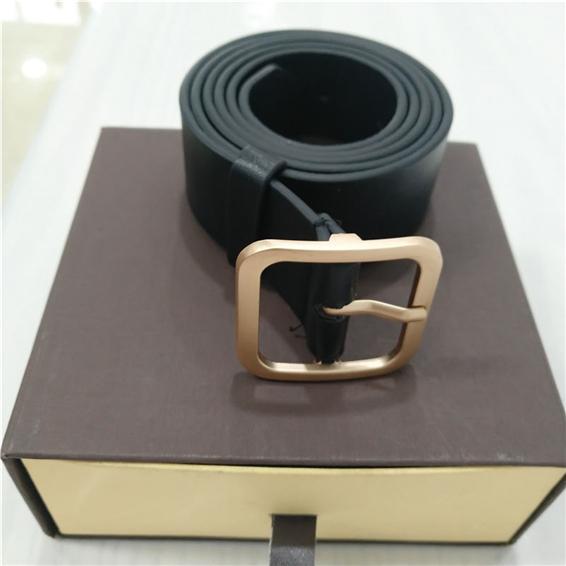 Cintos de grife mens cintos de luxo das mulheres cinto de designer de negócios cintos de negócios grande fivela de ouro grátis com Caixa de 1651544