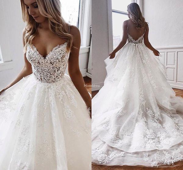 African Lace Wedding Dresses Spaghetti Straps Deep V-Neck Tiered Backless Court Train Appliques Vestidoe De Noiva Stylish Castle Bridal Gown