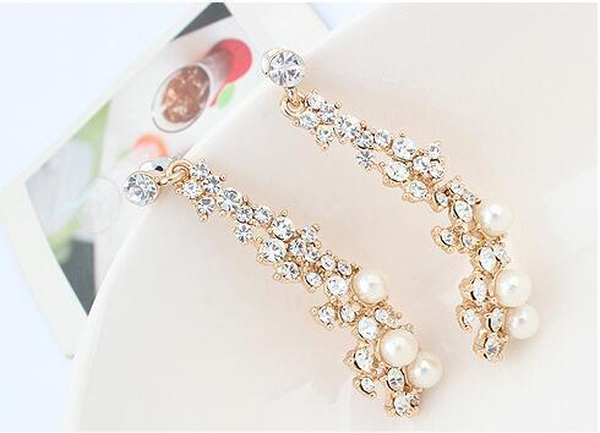 European and American Fashion Boutique Ladies Pearl Earrings Women Long Golden Earring 10PRS Diamond Stud Earrings Free Shipping-P