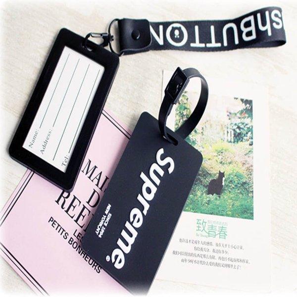 Hot selling cartoon creative PVC luggage boarding pass travel card Key Chain Wholesale Custom