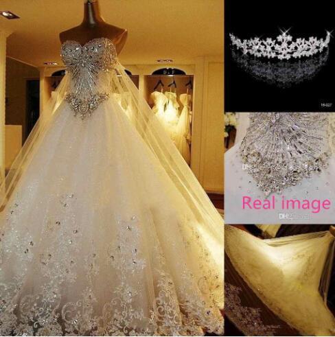 IMAGEM REAL Cristal De Luxo Vestidos de Renda Catedral Lace-up Vestidos de Noiva de Volta 2019 A Linha Querida Apliques Frisado Jardim Livre coroa