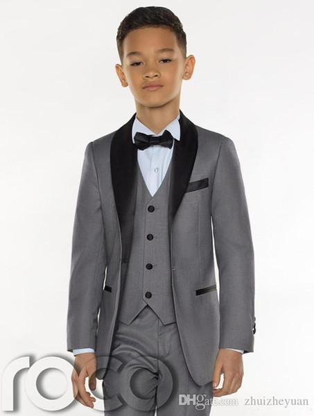 Three Pieces Grey Boys Tuxedo 2018 Cheap Custom Made Boys Dinner Suits Boys Formal Suits Tuxedo for Kids Tuxedo(Jacket+pant+vest+tie)