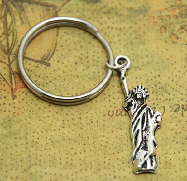 New Hot Ancient Silver New York Statue of Liberty Charm Keychain Keyring Luxury Designer Jewelry Women Men Personality Creative Holiday Gift