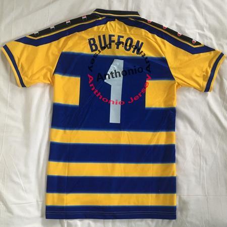 BUFFON DE CASA 1