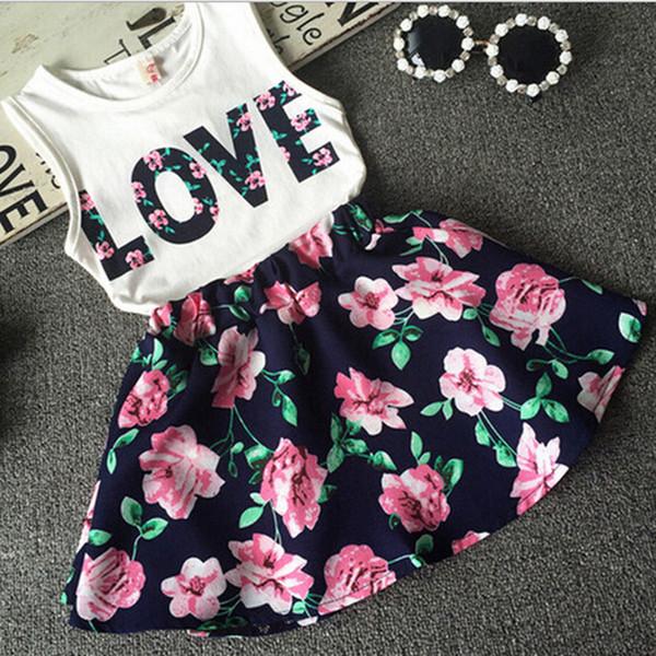 Vêtements de bébé pour bébés LOVE Tops + jupe à fleurs 2pcs jolie fleuri coton enfants Ensembles été enfants fille vêtements ensemble