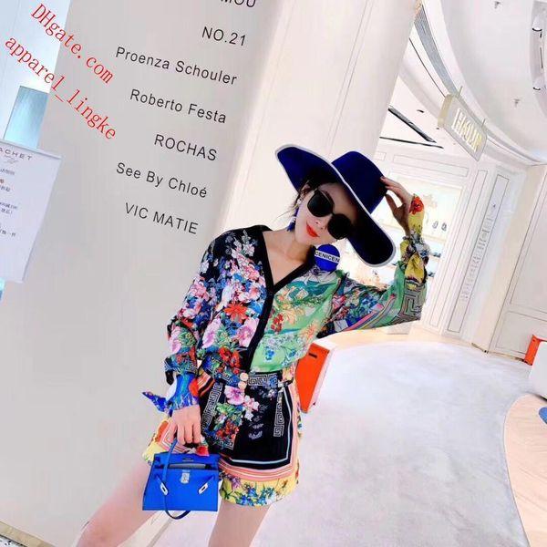 Set 2 Piece Women Fashion Print T Shirt Suit Shorts Summer Tracksuit Shirt Crop Top Dress Sports Outfit Sportswear casual Women Suit