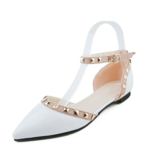2019 fashion women summer flat heels sandals sexy elegant ankle strap rivets pointed toe shoes rome style casual close toe shoes