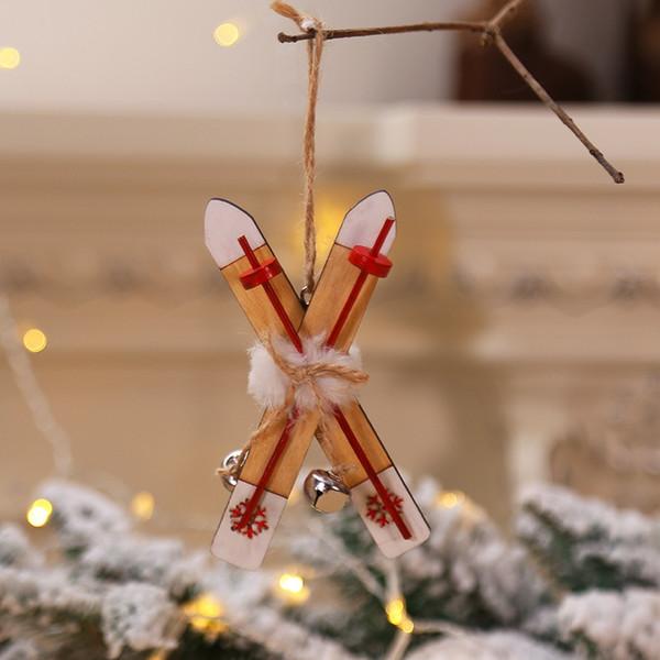 Slitta in legno con corda e campane Albero di natale Appeso Ornamento Etichetta natalizia Pendente Decorazioni per feste