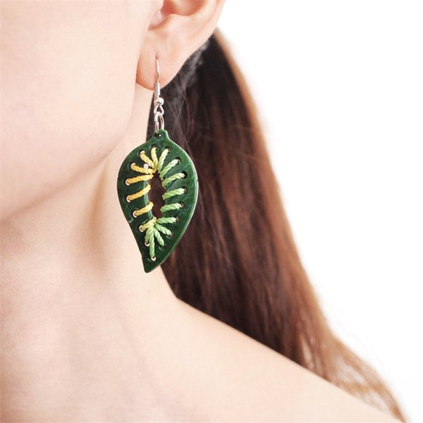 Handmade Coconut shell Leaves Earrings Exaggerated Bohemia Colorful Hollow Leaves Coconut Leaf Beach Earrings For Women Girl Large Earrings