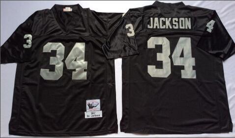 34 negro