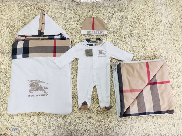 Yenidoğan bebek giysileri Erkek bebek kız Marka elbise Pamuk sıcak ve yumuşak yüksek kaliteli suit Bebek tulum çocuk giysi tasarımcısı A-6