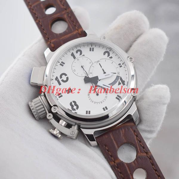 Braunes Armband mit weißem Zifferblatt
