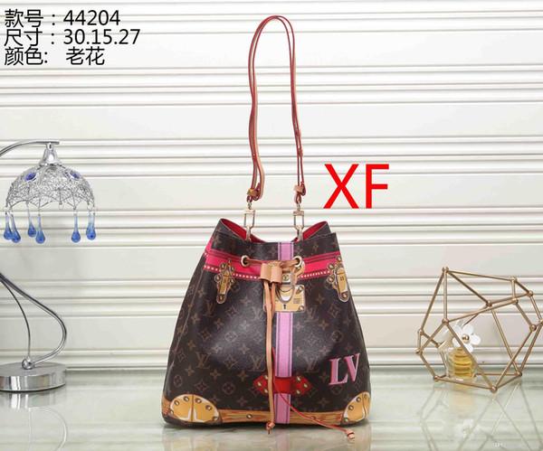Women's handbag classic small series of fashion hot mom Lady chain bag elegant bulk corrugated woman Leather Shoulder purse handbags bag 073
