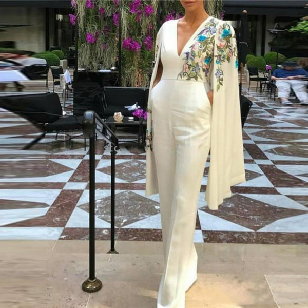 Elegant Ivory Jumpsuits Dresses Evening Wear with Capes Fashion Embroidery Arabic Women Formal Party Gowns Kaftan V Neck Dubai Prom Dress
