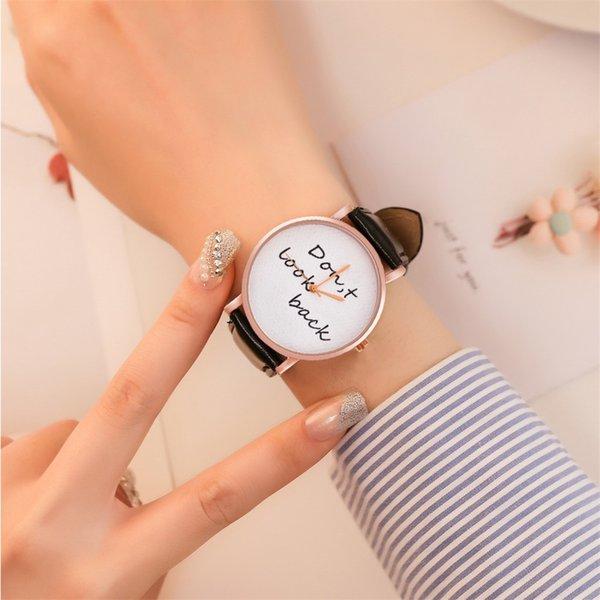 Relojes de pulsera vintage para mujeres de cuarzo de cuero Marca reloj elegante mujer Nuevo Reloj de cuarzo Correa de cuero para hombres # P6