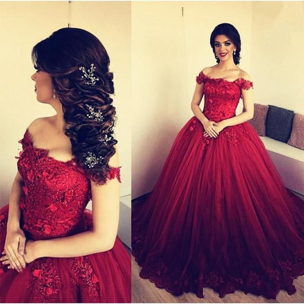 2019 Burgundy Ball Gown Quinceanera Dresses Off Shoulder Cap Sleeves Lace 3D Appliques Beads Sweet 16 Puffy Party Pageant Prom Evening Gowns
