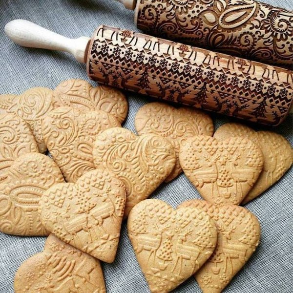 best selling 35cm High Quality Embossing Rolling Pin Baking Cookies Noodle Biscuit Fondant Cake Dough Engraved Roller Reindeer Snowflake