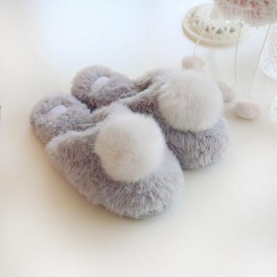 2019 neue beiläufige Mannschuhart und weise freie Verschiffengröße 36-40 warme Pantoffelbaumwollpantoffel des nachgemachten Kaninchenpelzes des großen Pompon silk Samts