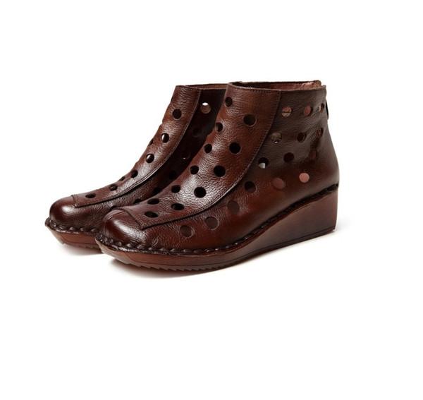 Модные женские сапоги с мягкой поверхностью из натуральной кожи с отверстием для обуви ретро повседневная классная обувь 2019 новый клин с женскими сапогами оптом