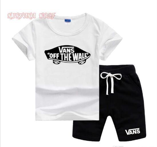VansLogo Luxury Designer Toddler Enfants Garçon Vêtements D'été À Manches Courtes 94% Coton T-shirt Tops + Shorts Pantalon Outfit Enfants Vêtements Set 2-7T