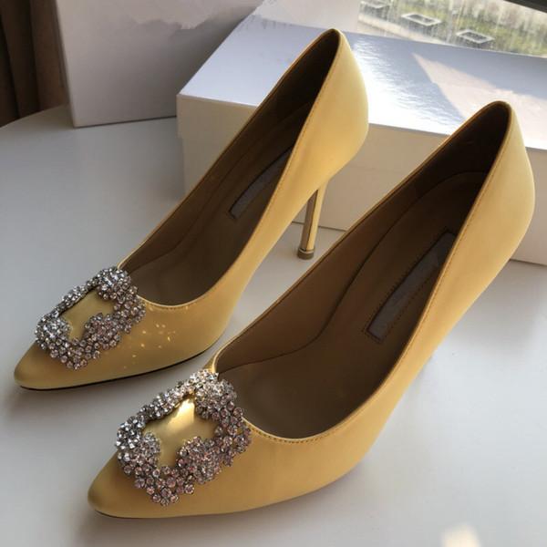 Designer punta a punta 2 cinturini con borchie tacchi alti in pelle rivetti sandali donna con borchie scarpe con strappy scarpe san valentino alto yc19031310