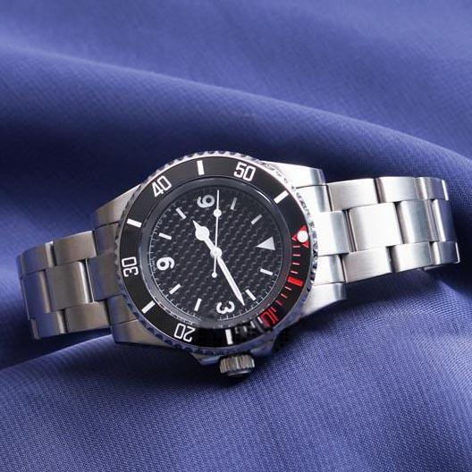 Neue Mens-Armbanduhr Schwarz Keramik-Lünette Edelstahl Designer-Uhr-2813 Automatik-Uhrwerk Uhr gesponnene Schattierung Montre Reloj Hombre