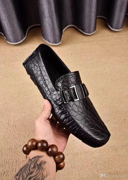 2020ss Mocassin Botão de Metal Tamanho Marrom 38-45 Com Caixa de Designer de Sapatos Masculinos Marcas Famosas Sapatos de Patente Novo Designer Clássico