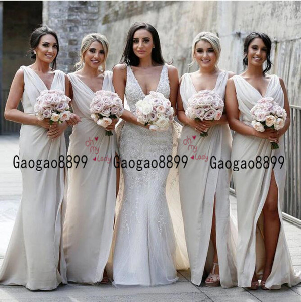 2019 Cheap Vintage Bridesmaid dress Charming sexy country Mermaid maid of honor gowns V Neck High Split Cheap Beach Wedding Guest Gowns