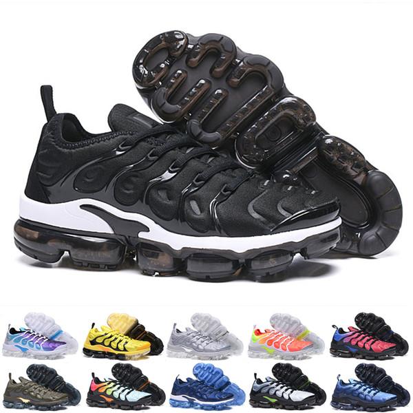 Best TN Plus Mens Designer Running Shoes Women Wolf Gray Sunset Rainbow White Black Triple Black Mens and Womens Brand Casual Sneakers 32411