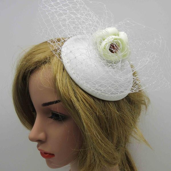 Preto / branco netted fascinator chapéu com botões de rosa de marfim casamento rosas acessórios para o cabelo grampo de cabelo com flores para dama de honra da noiva