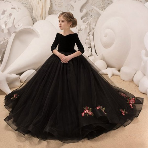 2019 Vintage Flower Girl Dresses For Weddings Blush black Custom Made Princess Tutu Sequined Appliqued Lace Bow Kids First Communion Gowns