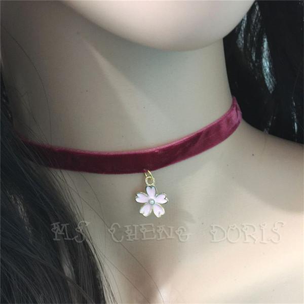 Vente chaude Vin rouge velours Collier ras du cou Ruban uni avec des fleurs rose cerise main bijoux rétro pour les femmes filles cadeau