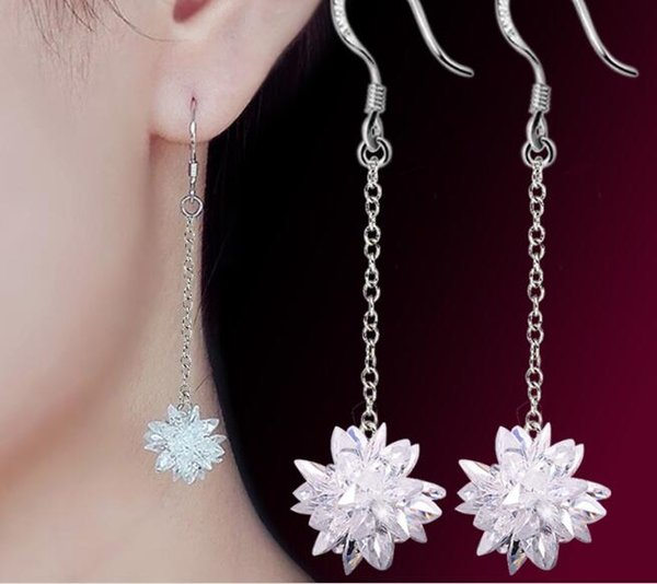 Ice hockey simple, fresh and long ice flower earrings Female Liuxiu zircon crystal exaggerated temperament silver-plated ear drop W1143