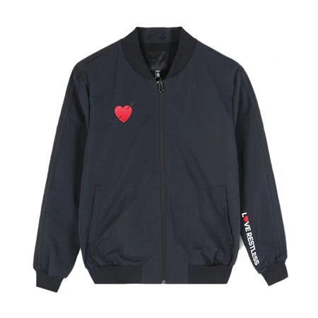 Marka Yüksek Kalite Uzun Kollu Yeni Tasarımcı Erkek Moda Gevşek Rüzgarlık ve Doğal Renkler ile Rahat Moda için Boyut M-XL B100140Q