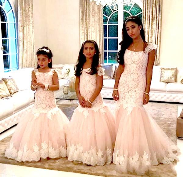 top popular 2019 Cap Sleeves Crystals Lace Tulle Flower Girl Dresses Mermaid Vintage Child Pageant Dresses Beautiful Flower Girl Country Wedding Dresses 2019
