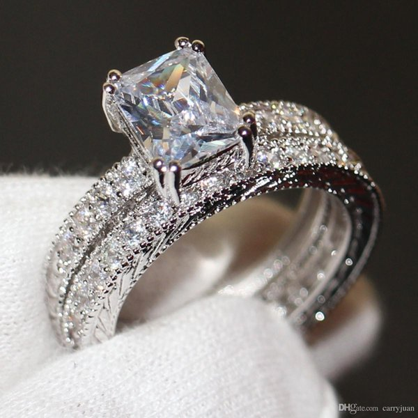 Go888Stor Vintage Bijoux De Mode 10KT Or Blanc Rempli Princesse Cut 5A Topaze Blanche CZ Diamant Rétro Femmes Weding Bridal Band Anneau Set Cadeau