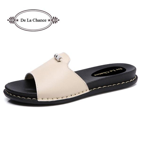 Tasarımcı 2018 Yeni Yaz Lolita Kadın Deri Katı Beyaz Rhinestone Çevirme Ayakkabı Kadın Düz Sandalet Slayt Ayakkabı Terlik
