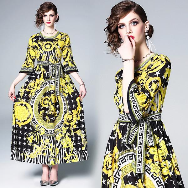 Vestido largo y largo con cuello redondo Vestido estilo europeo con estampado de palacio amarillo Fiesta de la fiesta de la fiesta de la noche elegante 3137
