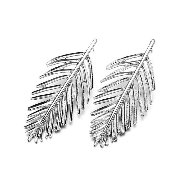 top popular New Fashion Golden Leaf Stud Earrings For Women Accessories Hot Sale Vintage Statement Earrings Jewelry wholesale E2378 2019