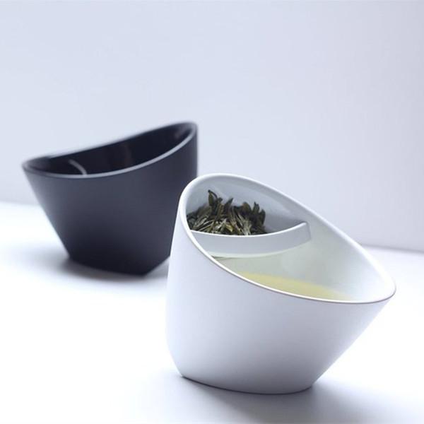 Promozione filtro creativo tazza da tè inclinazione di plastica tazza di tè ribaltamento tazza da tè tazza di tè intelligente intelligente intelligente tazza di inclinazione con infusore 250 ml