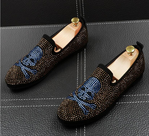Gold Rhinestone Crystal Loafers Men Slippers Shark tooth pendant Male's Flat for Wedding Dress Moccasins Casual Shoes BMM580