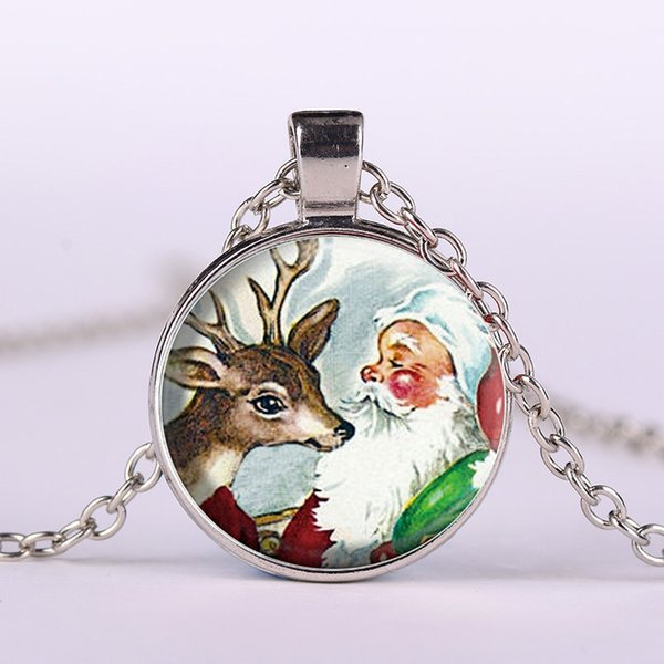 New Fashion Elk Santa Claus Time Jewelry Glass Cabochon Necklace Christmas Gift Alloy Glass Cabochon Necklace